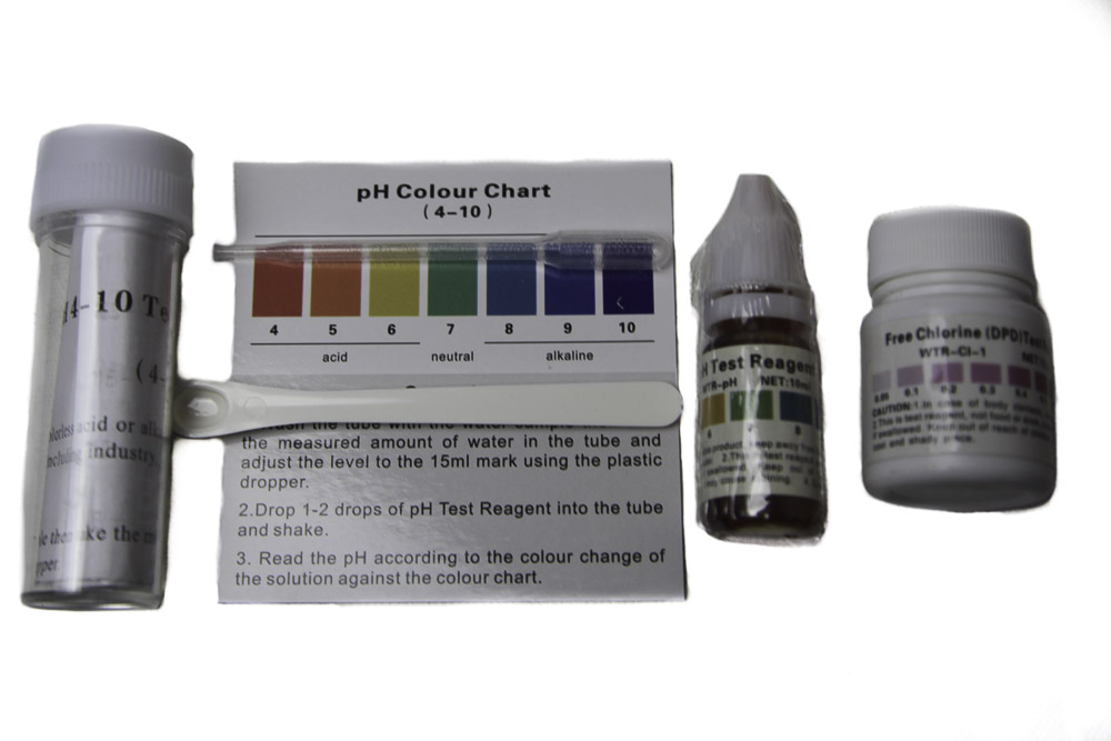 Ph and Chlorine Test Kit